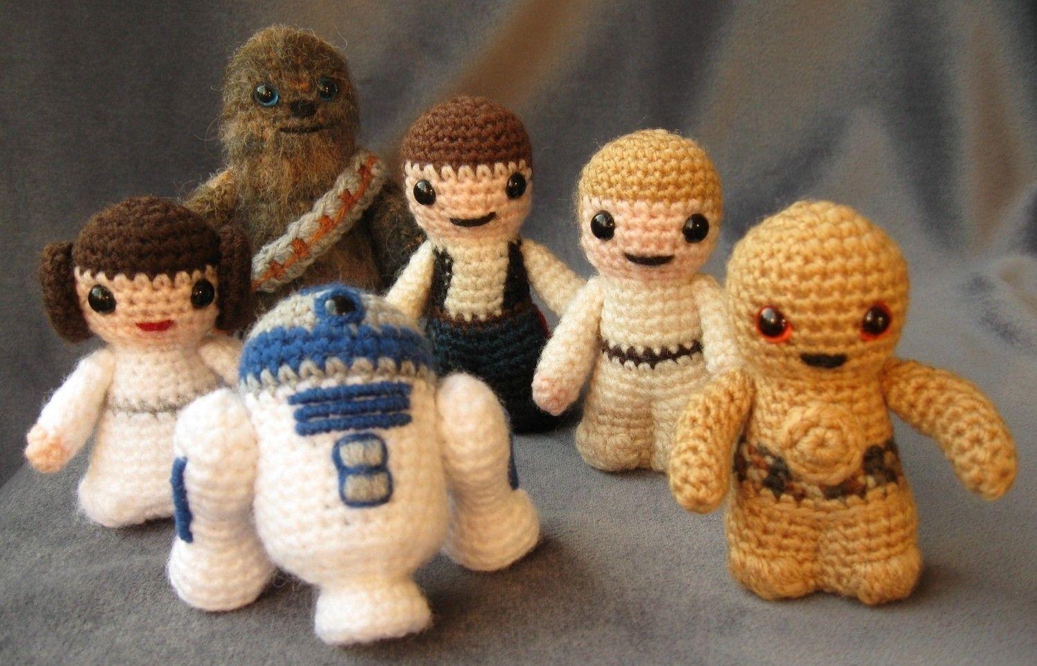 Amigurumi Star Wars Gratuit : Pdf of chewbacca star wars mini amigurumi pattern via