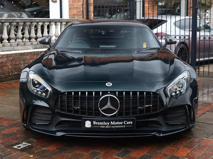 2017 Mercedes Benz Amg Gt R Emerald Green Mercedes Benz Amg Benz Mercedes Benz