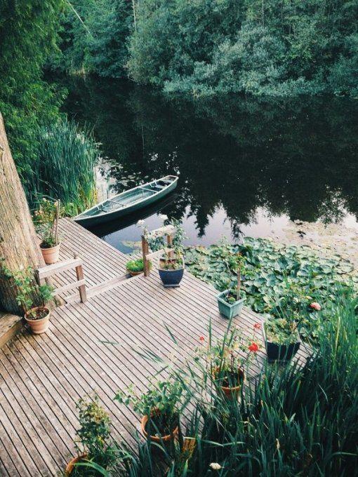 balade sur le lac lac bateau barque maison de. Black Bedroom Furniture Sets. Home Design Ideas