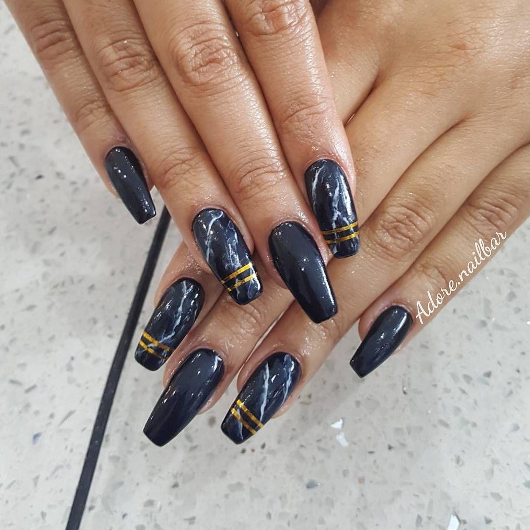"""Mi piace"": 264, commenti: 3 - 💅 A'dore Nail Bar 👭 (@adore.nailbar) su Instagram: ""-Golden Smokes- ▪ ▪ ▪ ▪ ▪ #adorenailbar #nailsbyjayh #nails #blingnails #nailsofinstagram #notd…"""