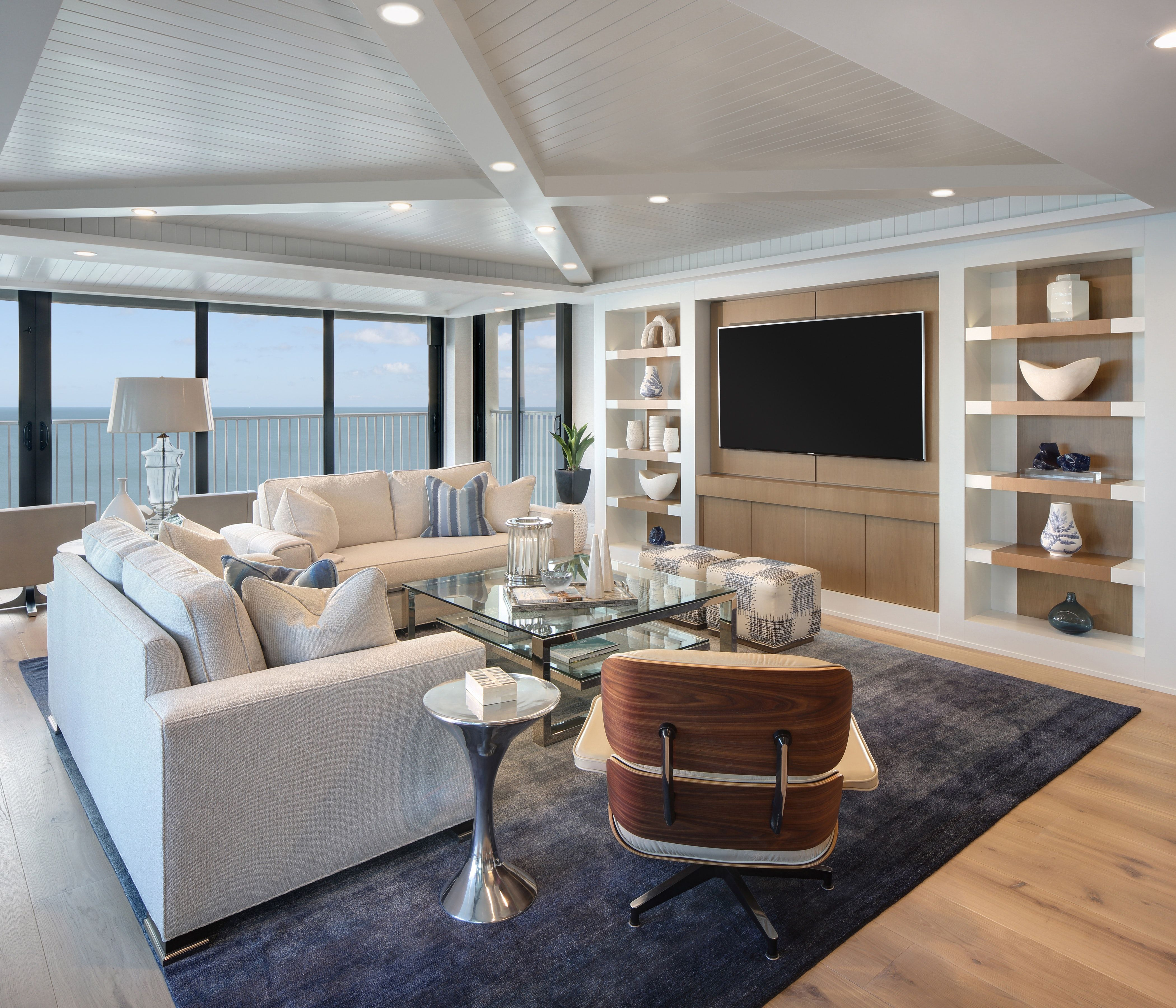 Bold Beach Modern By W Design Lookbook Dering Hall With