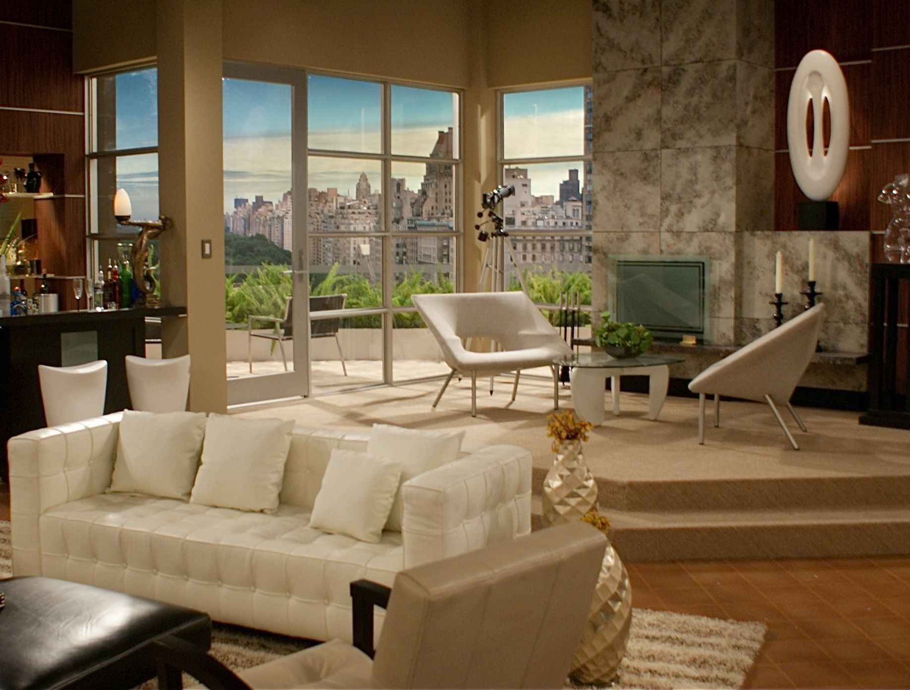 Russell S Apartment On Rules Of Engagement Favorite Rooms