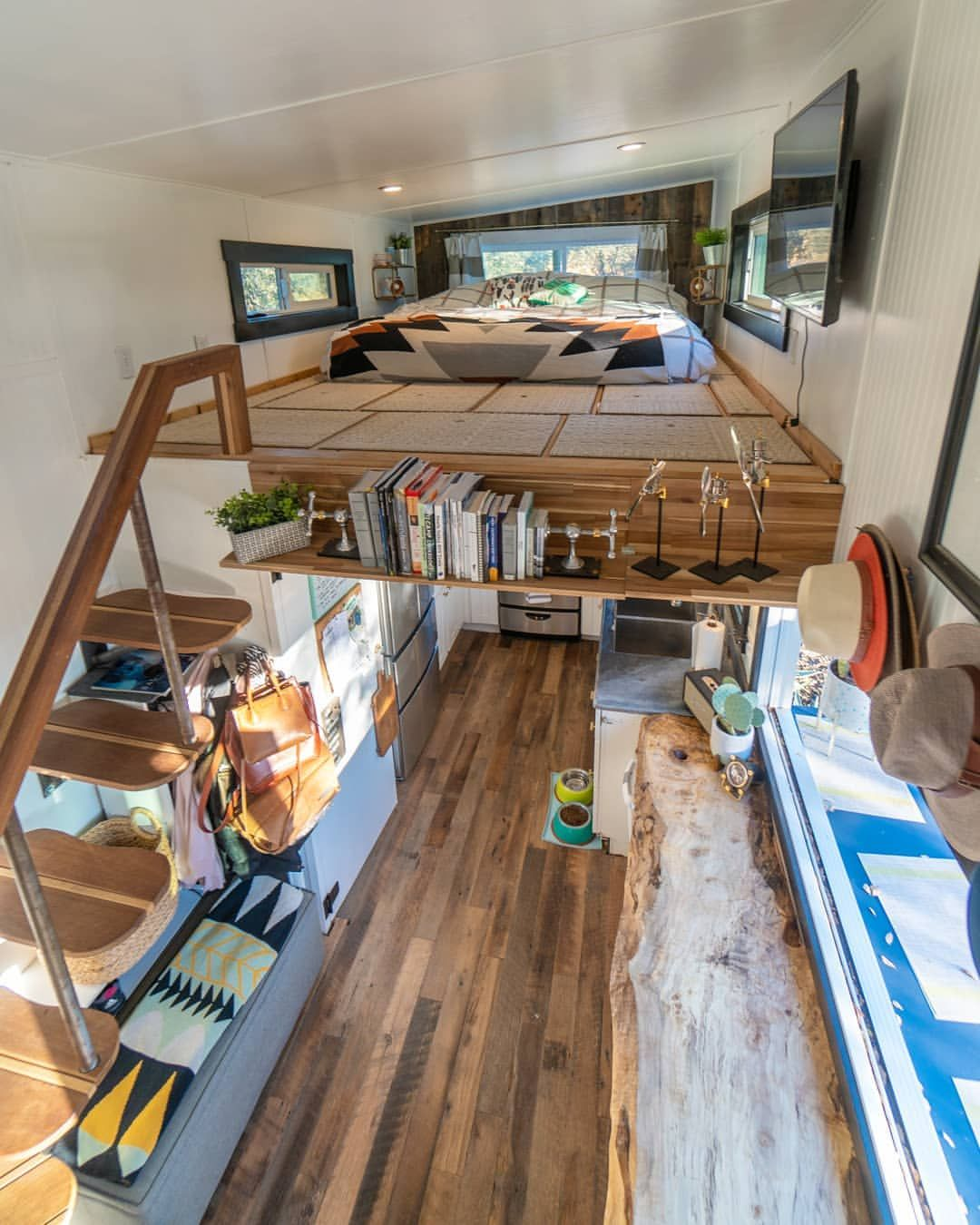Tiny House Lofts What Height Do We Recommend For Building Your Tiny House Lofts Tiny House Loft Tiny House Design Tiny House Interior