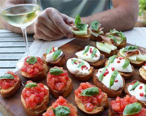Simpel maken: de lekkerste crostini recepten met basilicum  #voorgerecht # zomer