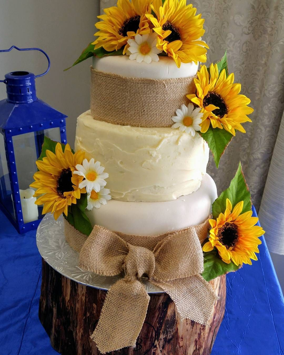 Sunflower Wedding Cake Ideas: Rustic Wedding Cake Sunflowers And Burlap Sunflower