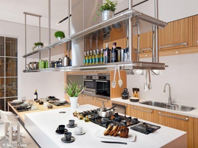 Cuisine aménagée - meuble haut suspendu - placard haut Kitchen