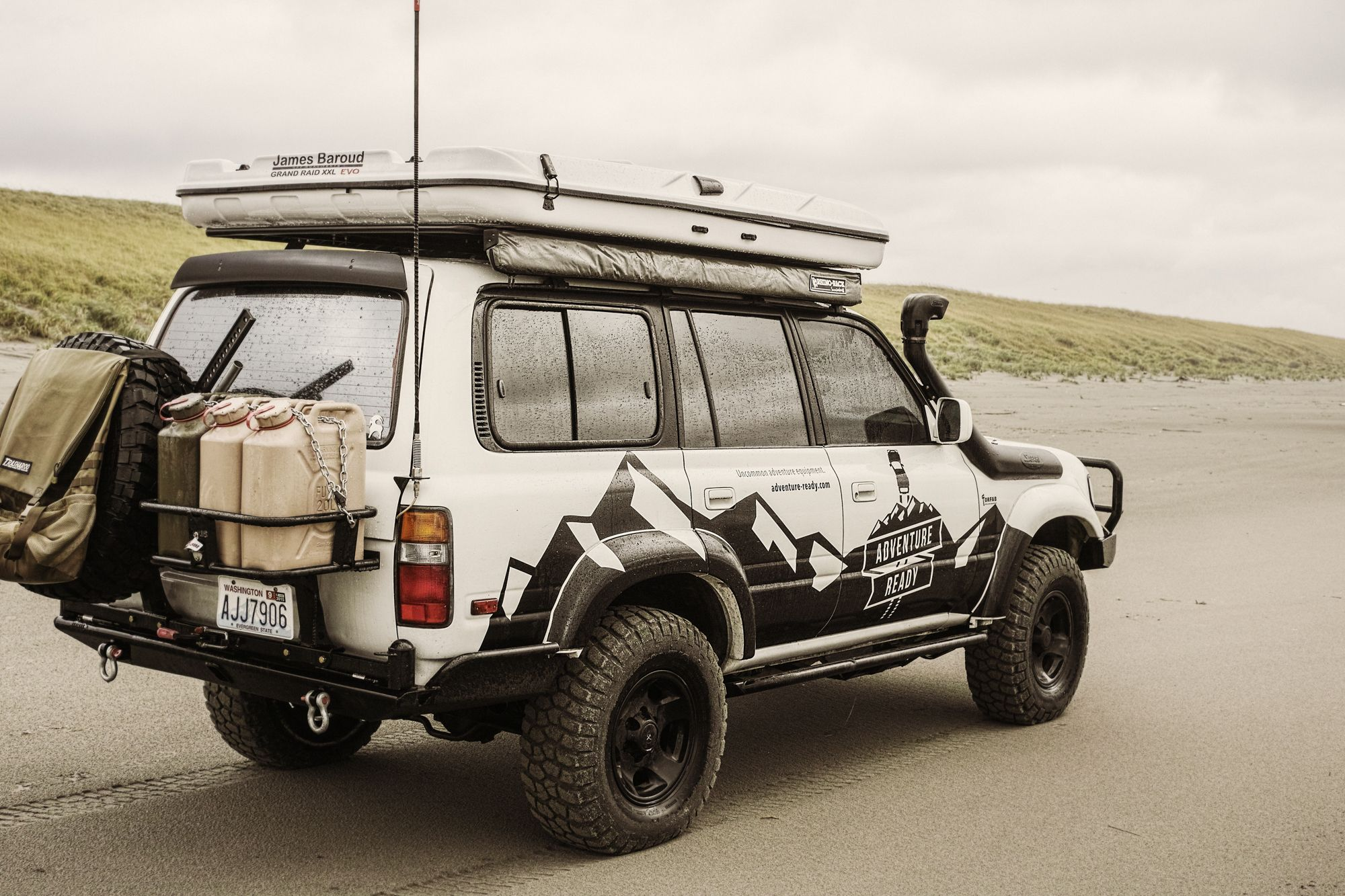 James Baroud Rooftop Tents & James Baroud Grand Raid XXL Rooftop Tent | Off Road 4x4 travel ...