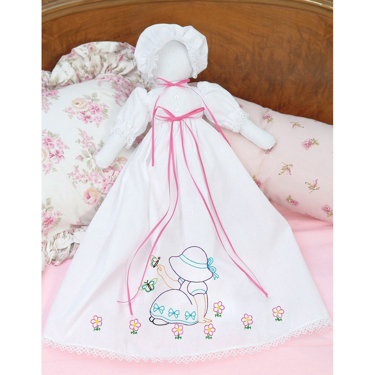 Stamped White Pillowcase Doll Kit-Sunbonnet Sue