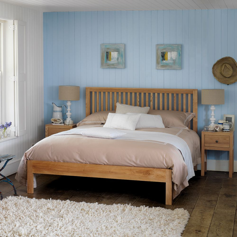 Salisbury Slatted Bed   Feather & Black   Luxury bed ...