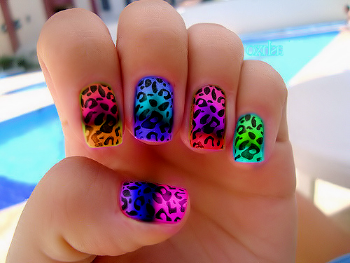 oohh pwetty nails!