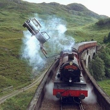 Where The Ford Anglia Meets The Hogwarts Express Glenfinnan Viaduct Lochaber Harry Potter Wallpaper Harry Potter Pictures Harry Potter Universal