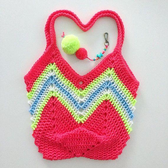 Esta bolsa de gran tamaño del ganchillo es perfecta para las ...