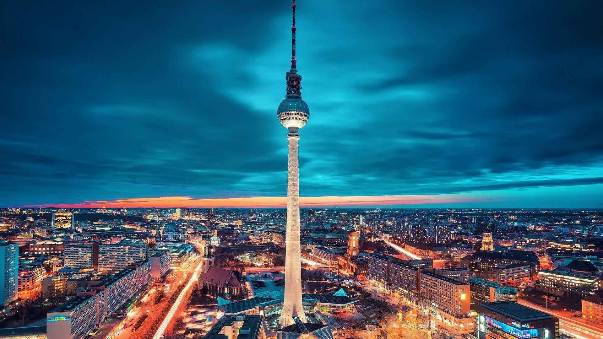 Berlin Alexanderplatz Fernsehturm 1080p Wallpaper Hdwallpaper Desktop In 2020 Berlin City City Wallpaper City Landscape