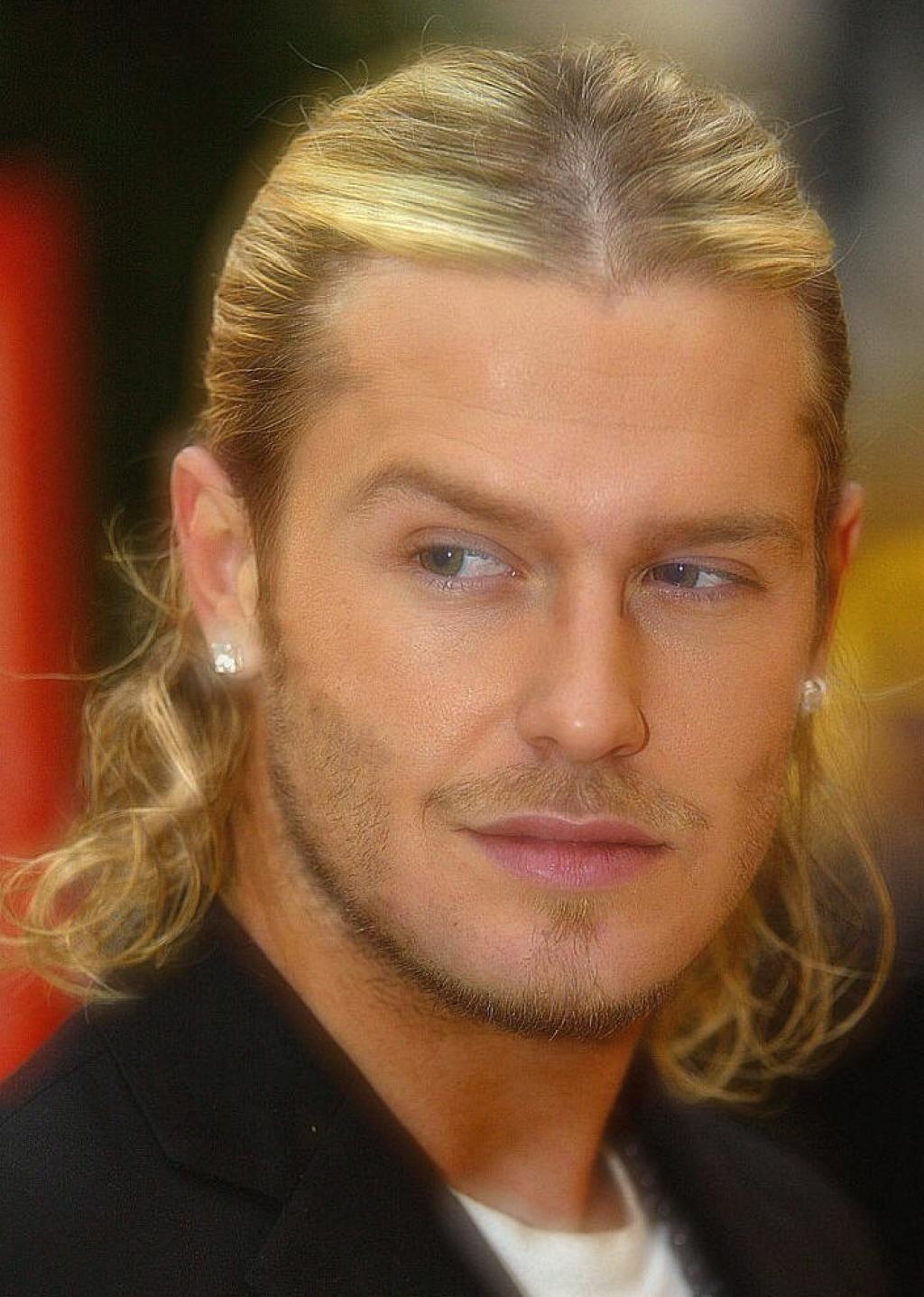 David Beckham  Long hair styles men, David beckham hairstyle
