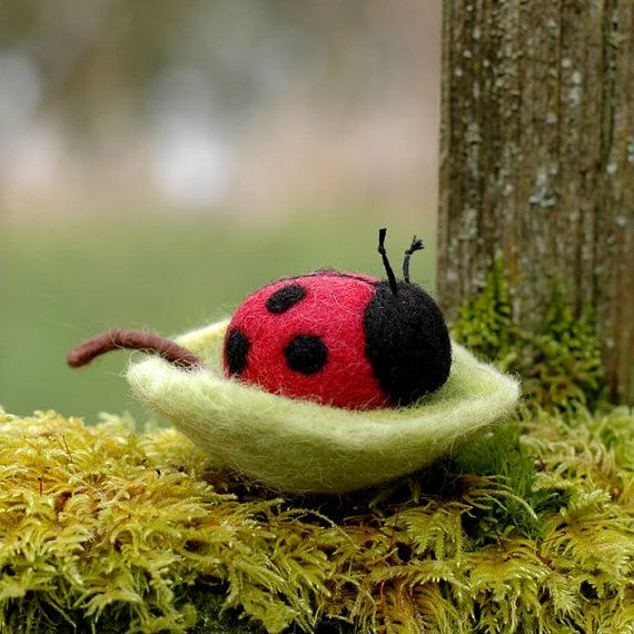 Ladybug In A Leaf Bowl Needle Felted Toy Or By Bossysfeltworks 25 00 Felt Toys Needle Felting Needle Felted Animals