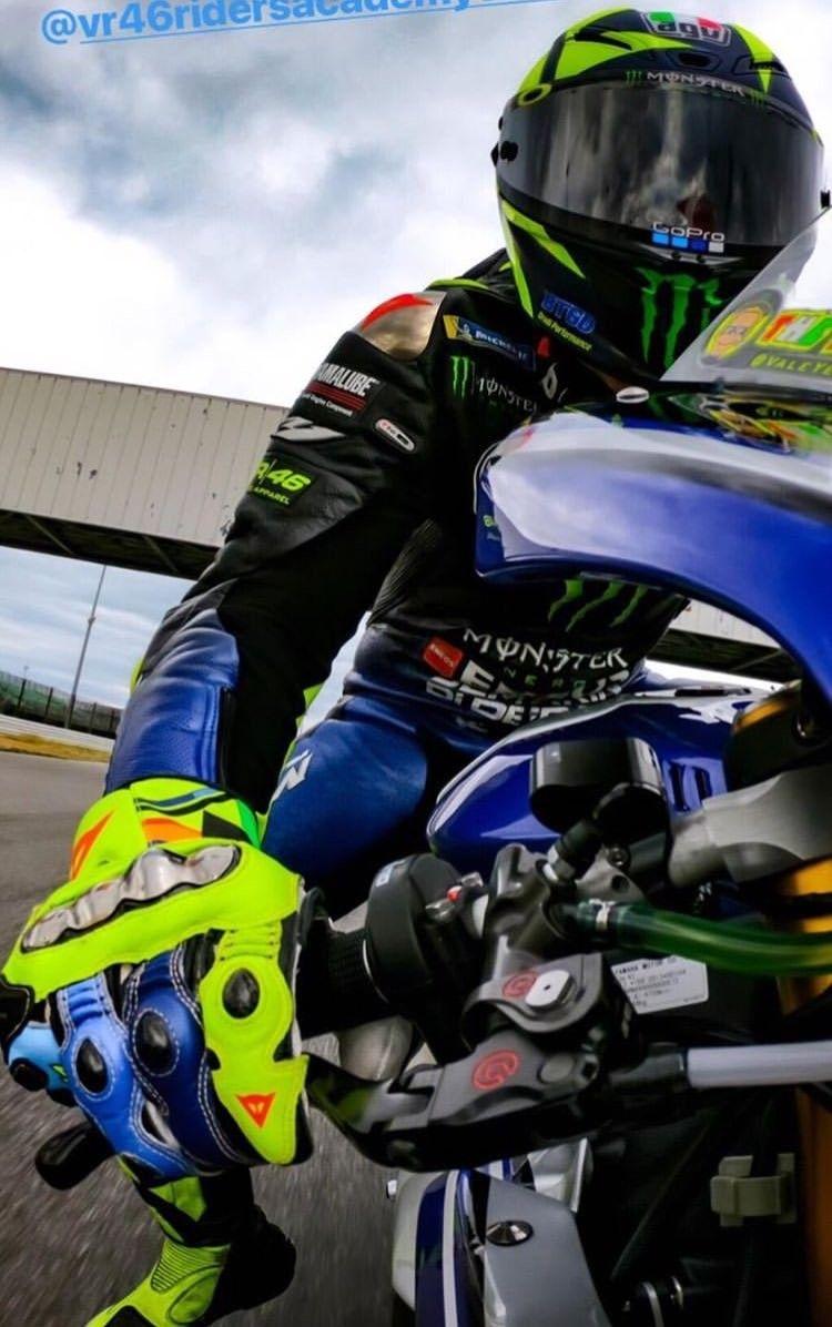 500 Valentino Rossi Ideas In 2020 Valentino Rossi Valentino Rossi