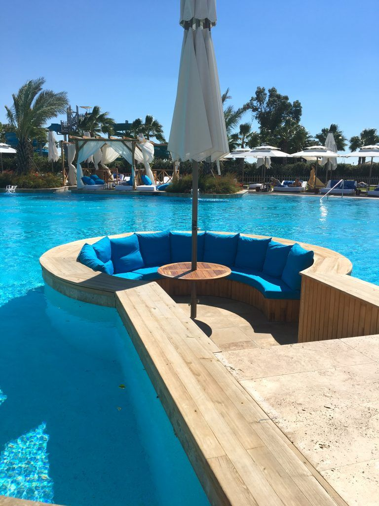 Jacuzzi Pool Was Ist Das Pool Bar A Long Weekend At The Regnum Carya Golf Spa Resort