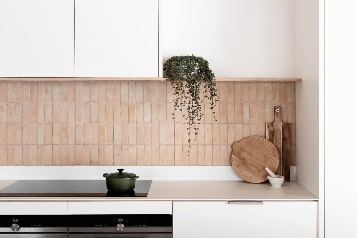 Brick Kitchen Backsplash Ideas And Inspiration Hunker In 2020 Kitchen Splashback Tiles Kitchen Splashback Backsplash Trends