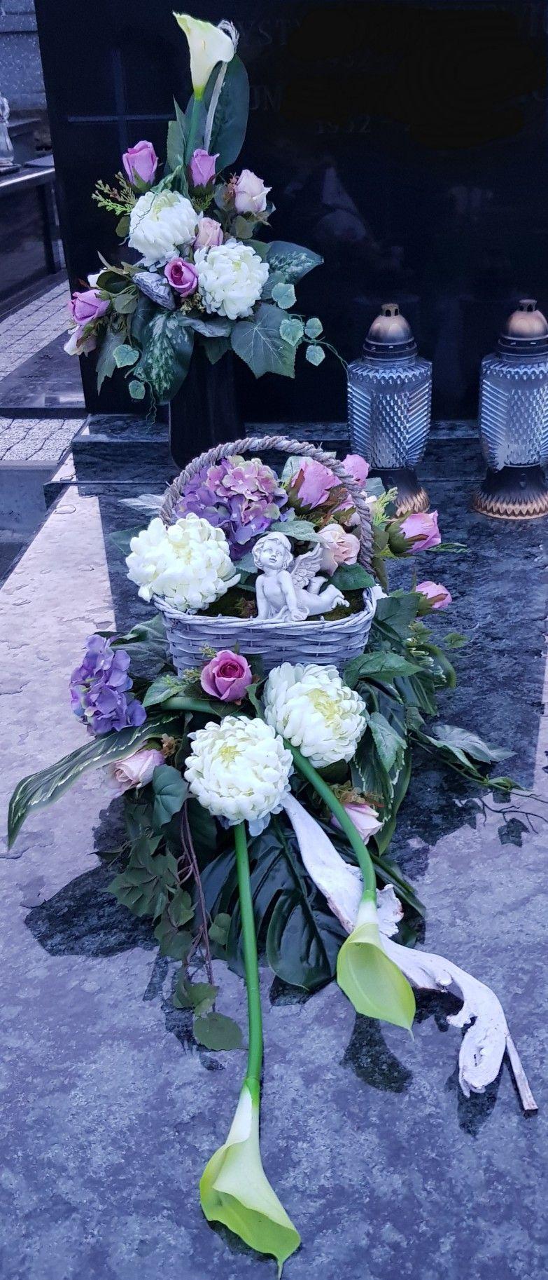 Pin By Justa Kolo On Cmentarz Fresh Flowers Arrangements Flower Arrangements Flowers