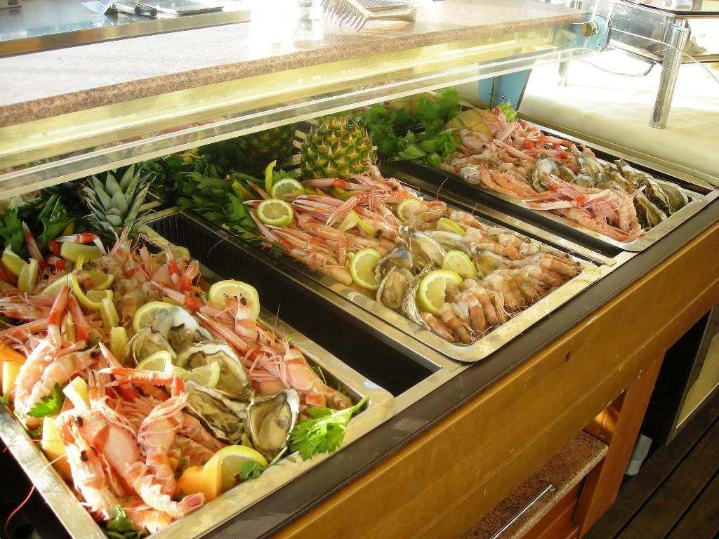 Taste the Summer Grill Roof Garden Restaurant UNA