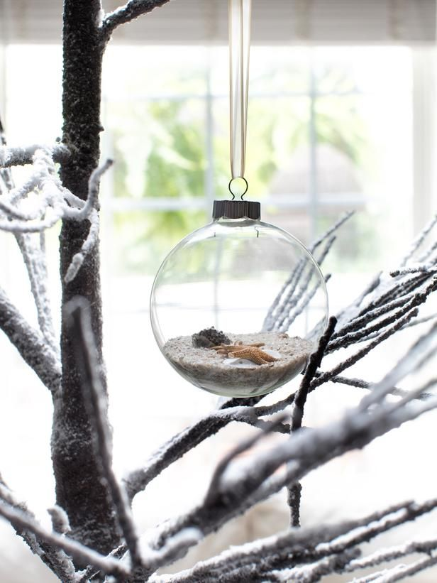 White Christmas Tree Decorating Ideas : Page 10 : Decorating : Home & Garden Television