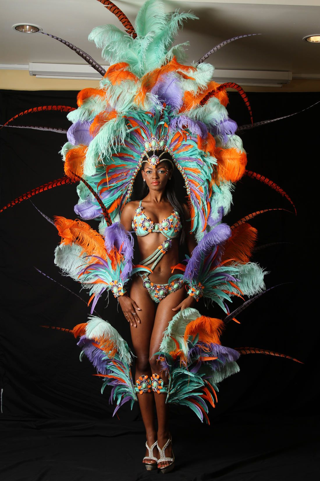 SOCA LAVUE Ronnie and Caro Female Costume 2015 - Carnival Info ...