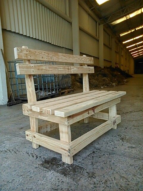 Pin By Yenifeer De On Recicle Isso Nao E Lixo Diy Wood Pallet Projects Wood Bench Plans Wood Diy