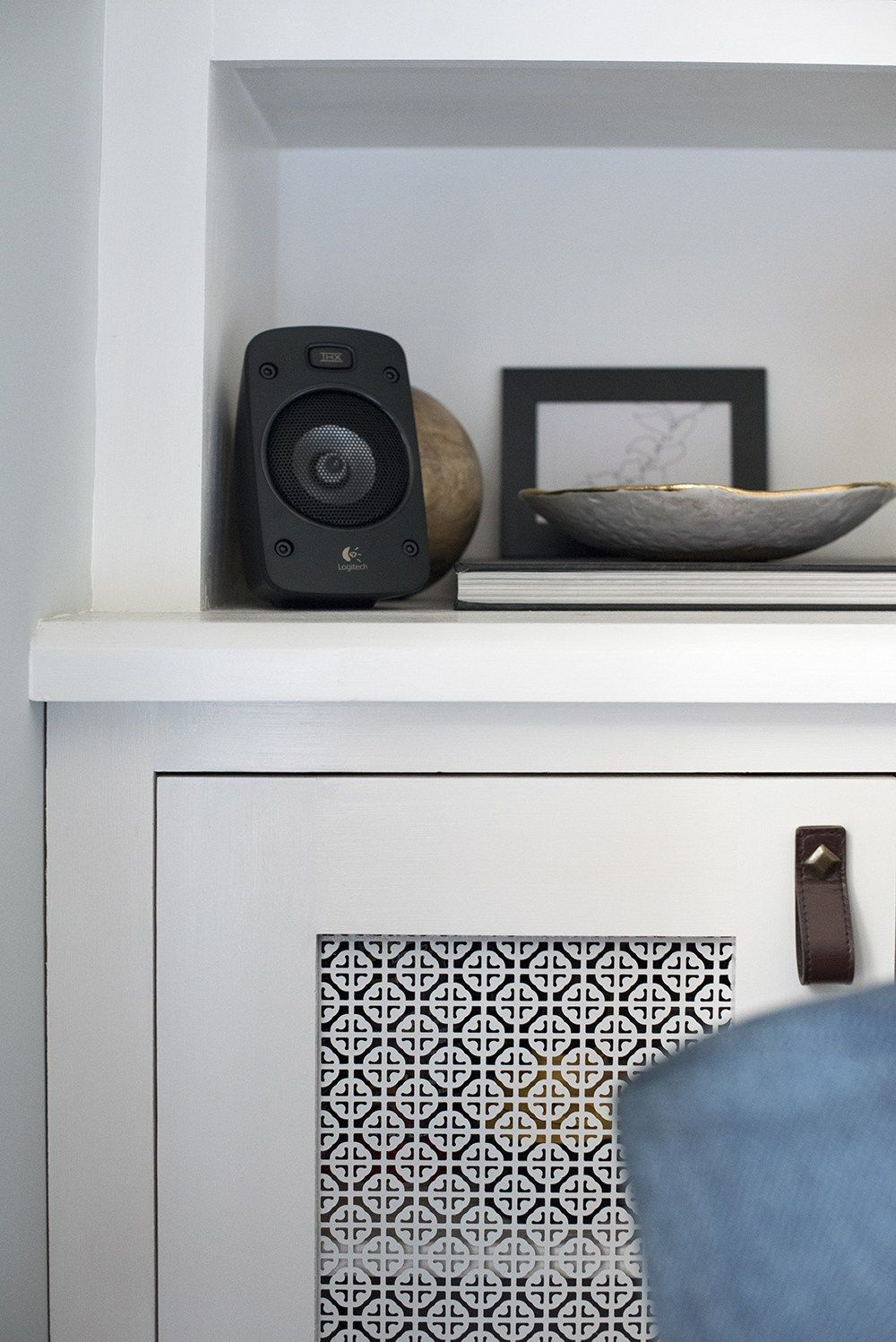 Surround Sound In The Living Room Living Room Speakers