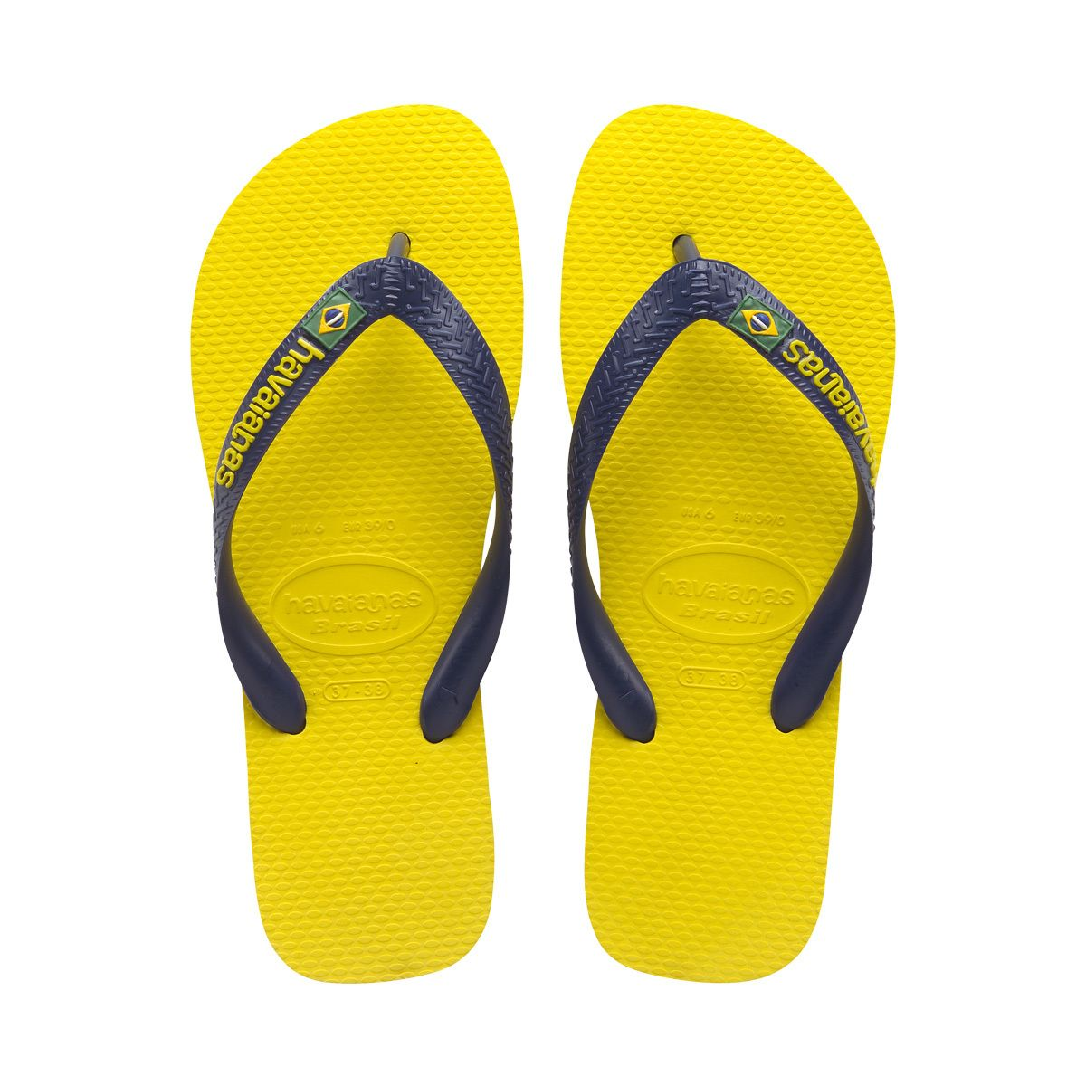 Find comfort and style at Havaianas. The Men's Brazil Logo comes in 9  different colors along with a multi-color sole for a stylish look.