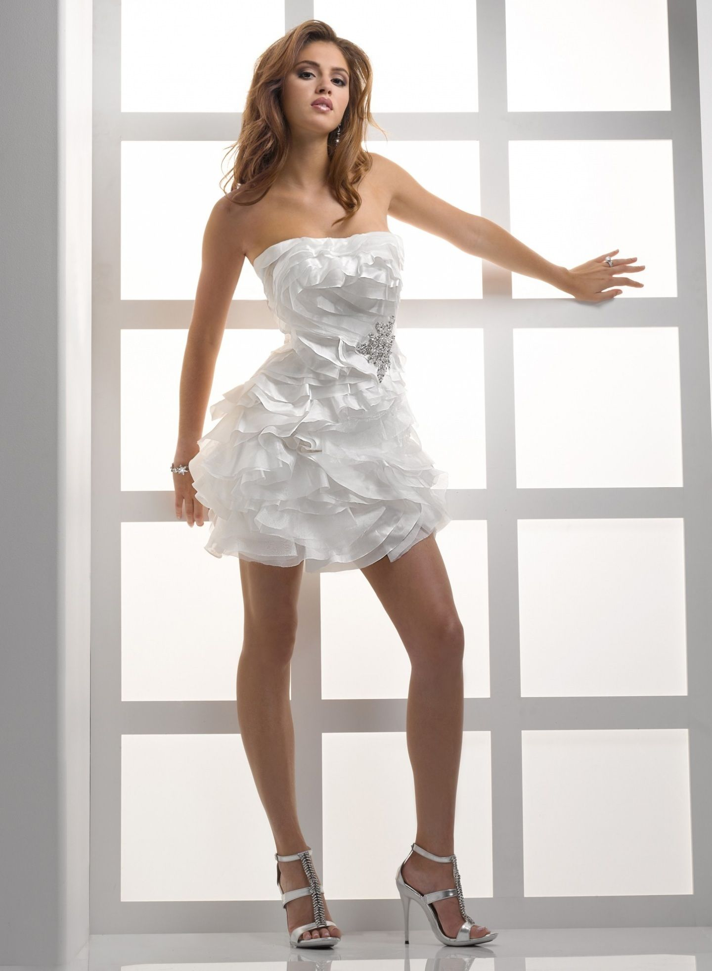 Short Wedding Dresses Uk Hairstyles And Fashion For