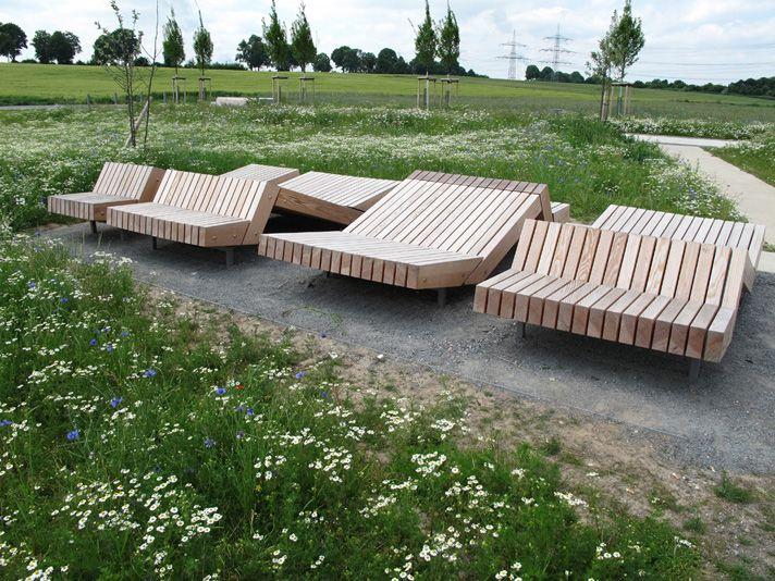 Holzliege aseban garten pinterest holz landschaftsarchitektur und st dtebau - Holzliege garten ...