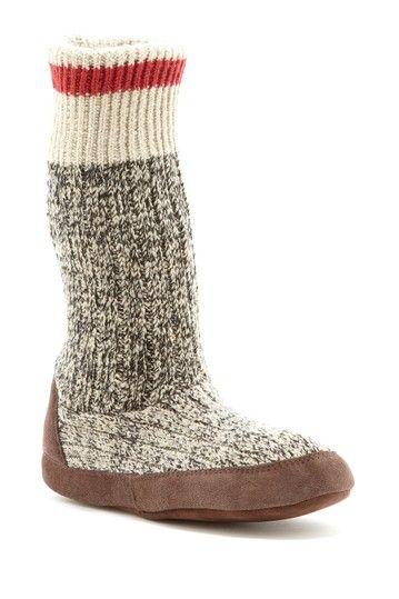 Stay warm inside muk luks cabin sock slipper for Warm cabin socks