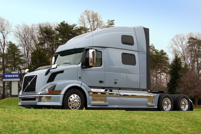 youtube sale semi used watch trucks volvo detroit for