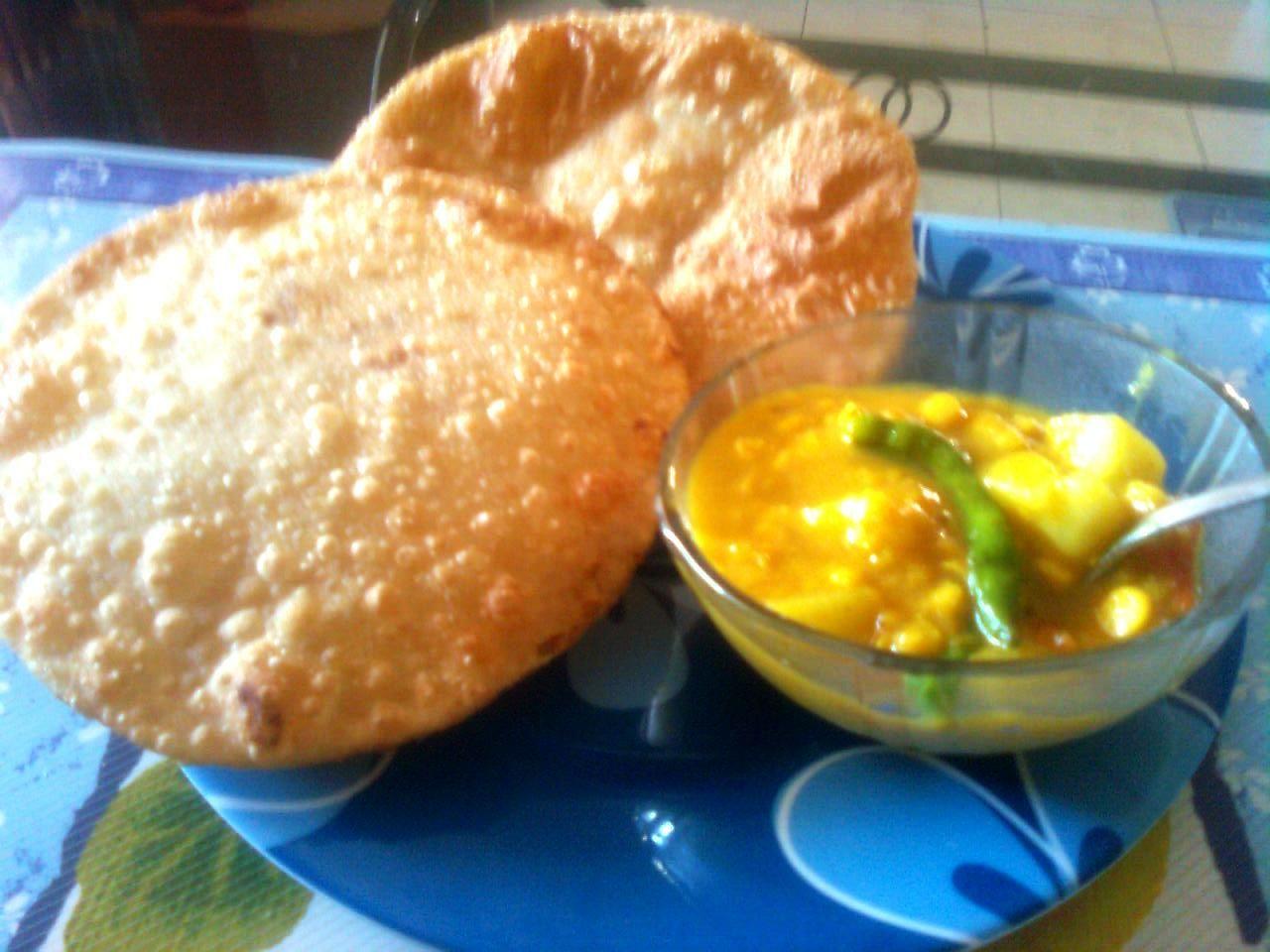 Radhaballavi authentic bengali food pinterest bengali food radhaballavi forumfinder Gallery