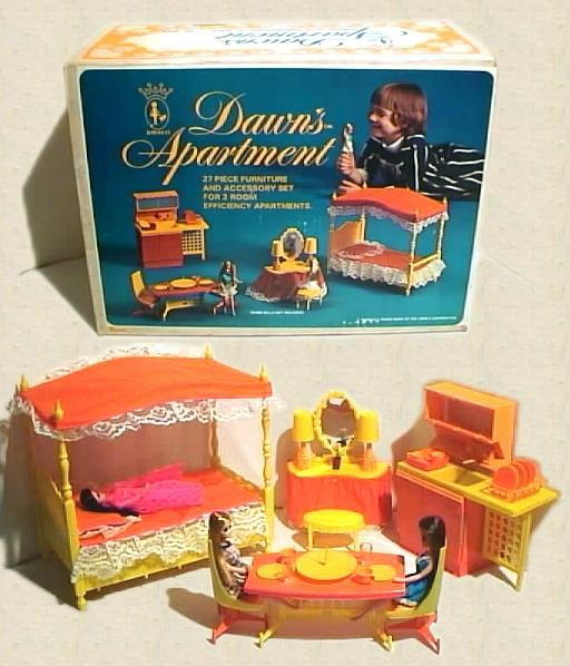 Dolls: Accessories & Playsets