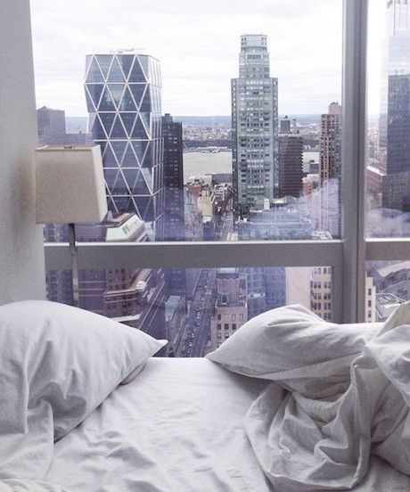 Need An Apartment: 12 Irresistible New York Beds Worth Dreaming About All Day