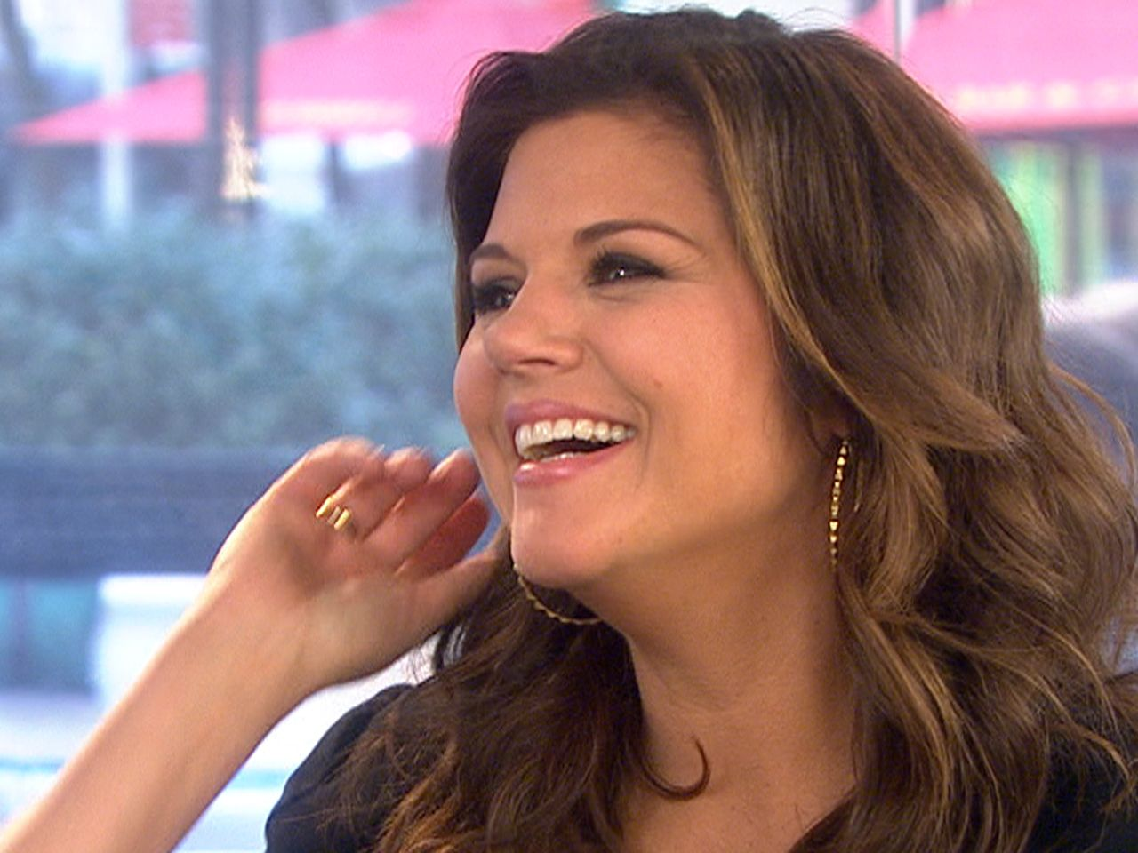 Tiffani Thiessen: she has come so far from Saved By the Bell. I LOVE her on White Collar!!