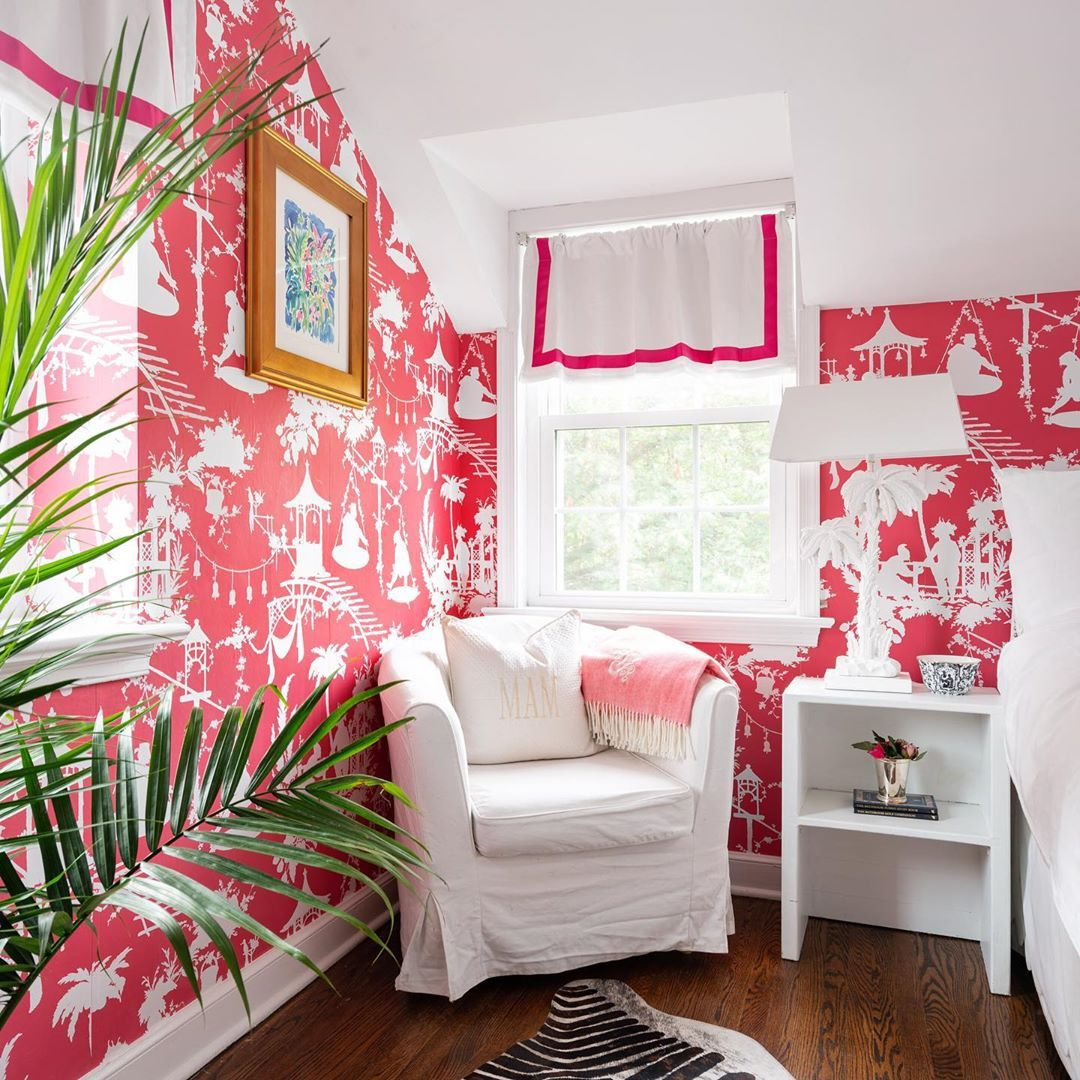 Meredith Diff Miller Good On Instagram Feeling Tropical Inside And Outside Today Tropicaldecor Wallpaper Guestbe Bedroom Decor Home Eclectic Decor