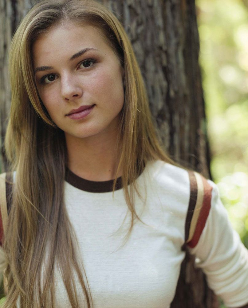 emily vancamp hair color