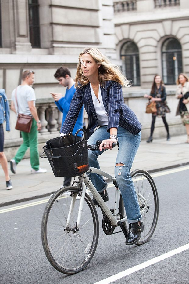 Navy Bike London Xssat Street Fashion Navy Street Styles