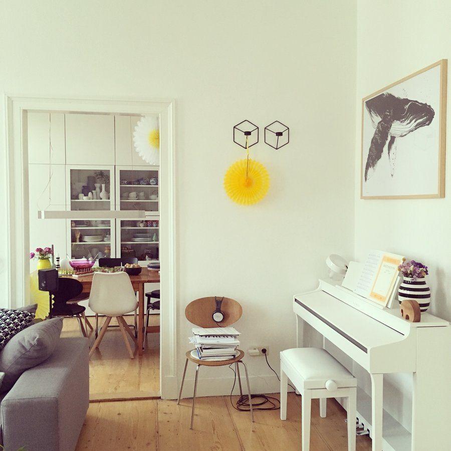 Genial Neue Homestory:Zu Besuch Bei Mai985 In Darmstadt #homestory #wohnzimmer  #livingroom #ameise #arnejacobsen #piano #epiano #altbau