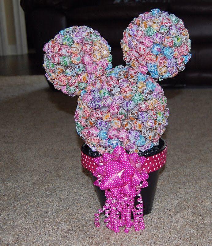 Dum Dum Topiaries DIY Minnie Mouse Dum Dum Topiary DIY