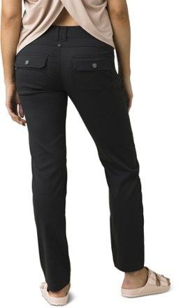 Whether the day's full of wind  rain or heat  you'll be ready in the women's prAna Halle straight pants. Their abrasion- and water-resistant fabric fends off UV rays and keeps you comfy on the go.