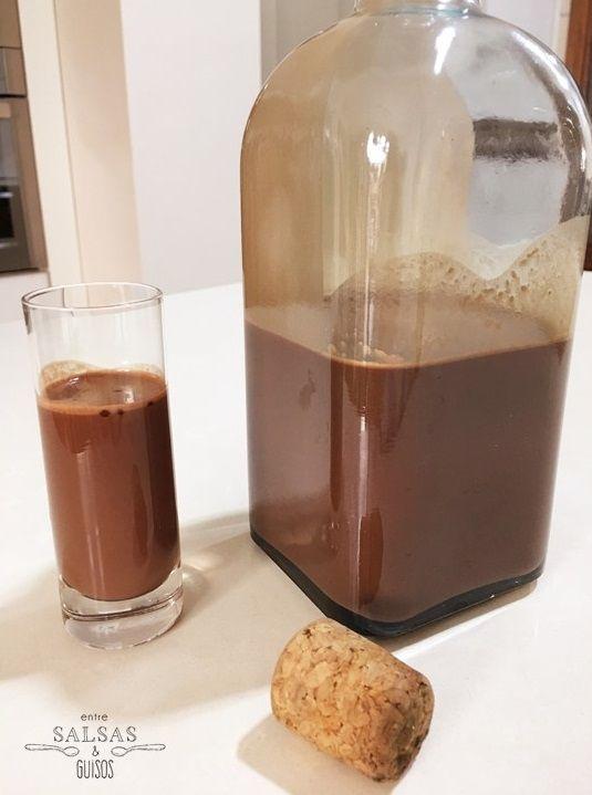 Entre salsas y guisos: Licor de chocolate