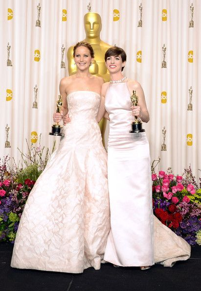 Jennifer Lawrence and Anne Hathaway press room Oscars at ...