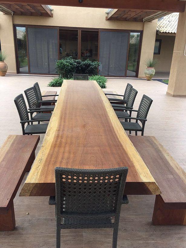 Mesa de Jantar Rústica de Madeira Maciça
