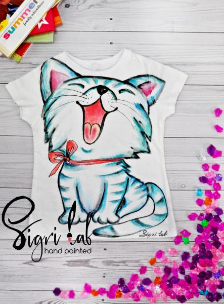 499e708ff Worldwide shipping. e-mail: info@sigri.com.ua #cat #catdesign #animal  #cattshirts #anamaldesign #handpainted #handdrawn #tshirtdesign #sigrilab  #handmade ...
