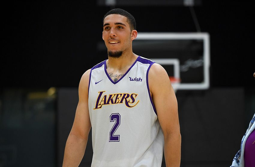 Liangelo Ball And Gf Izzy Liangelo Ball Pro Athletes Basketball Players