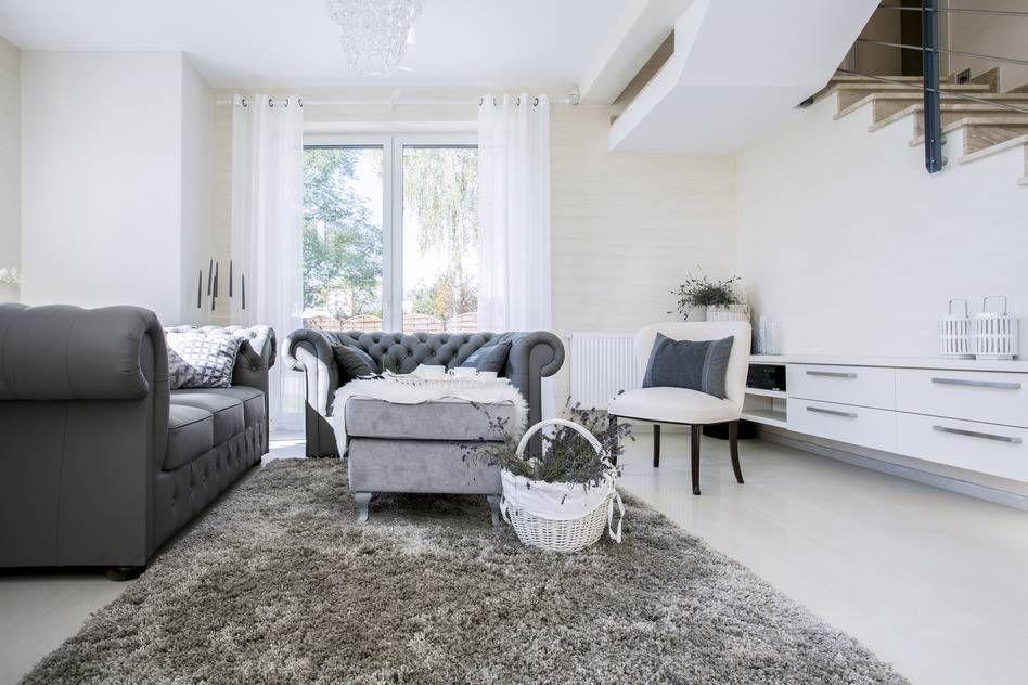 Chesterfield Sofa Grau - Englischer Stil | Wohnzimmer in Grau ...
