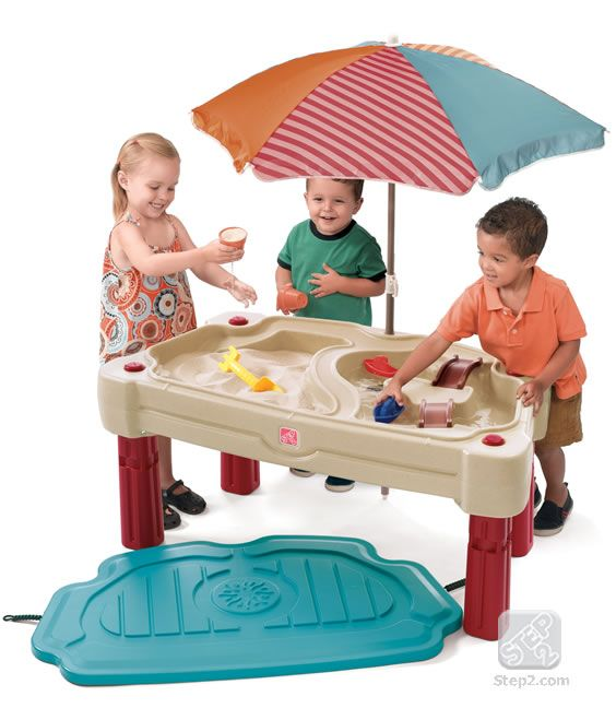 Adjustable Sand And Water Table With Umbrella And Lid.